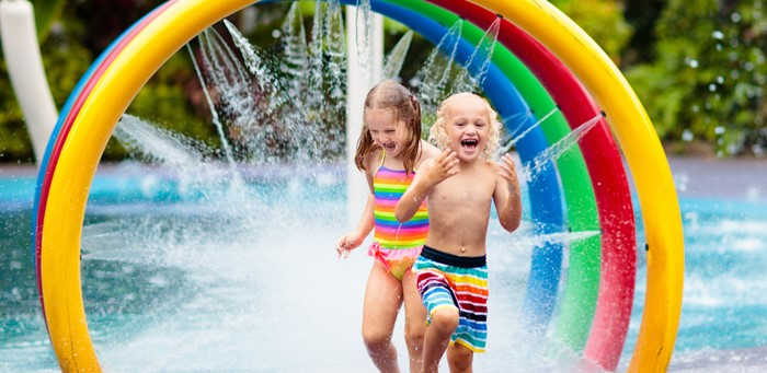 kids playing at Splash Waterpark in North Richland Texas